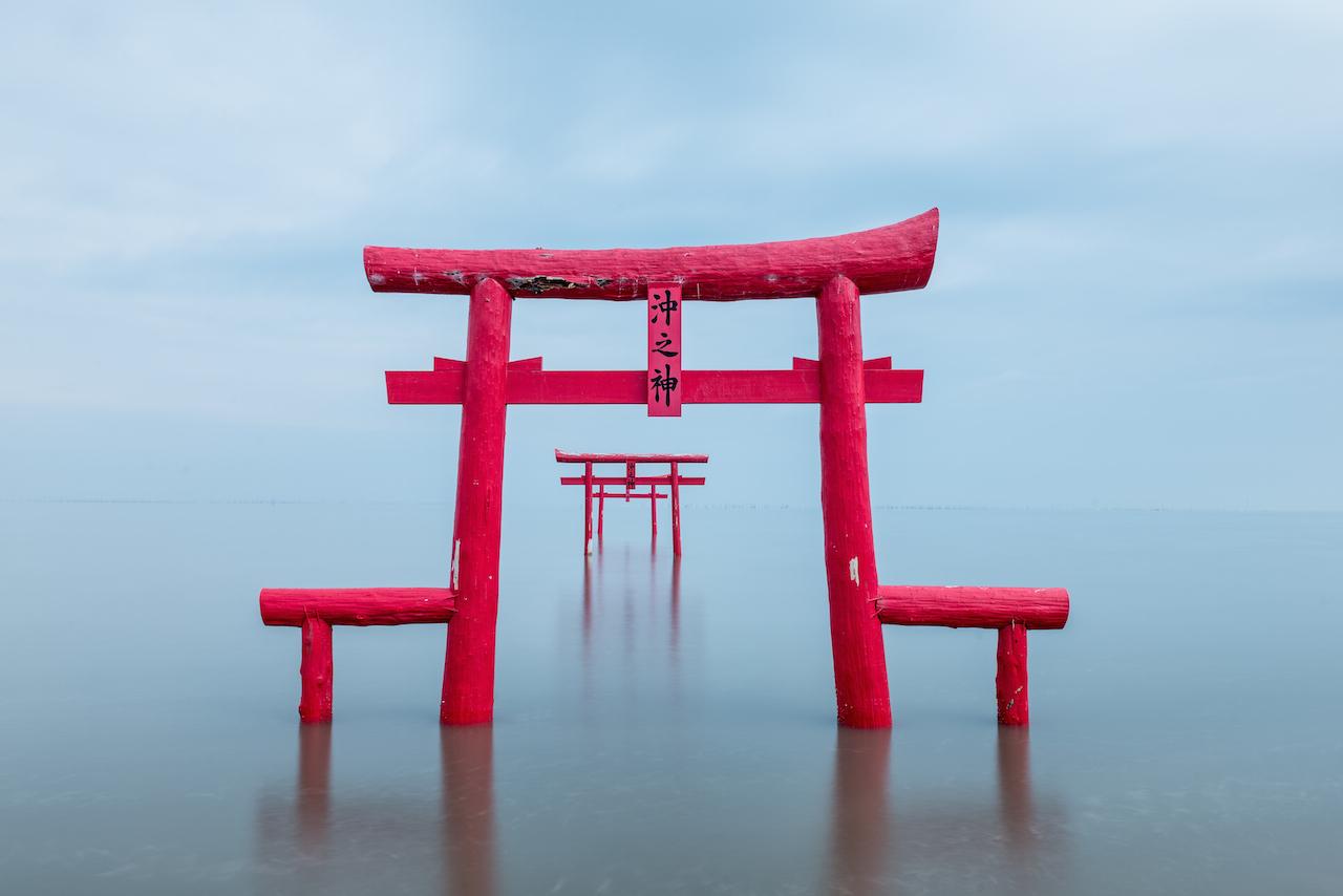 大魚神社の海中鳥居(太良町)1