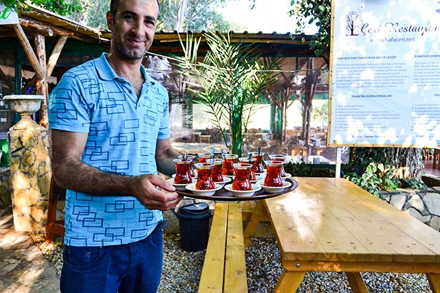 甘いものがいっぱい!トルコで絶対に食べたいスイーツ&ドリンク5選