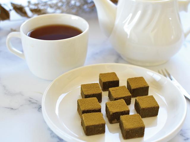 和茶倶楽部「ちょっぴり贅沢な おとなの和紅茶生チョコ」