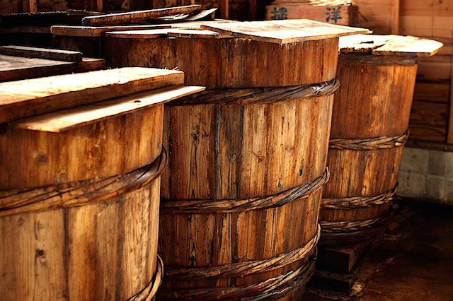 いしりの樽