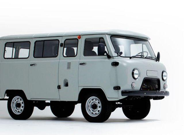UAZ バン ロシアの軍用車