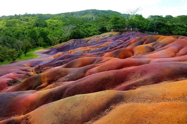 大自然が生み出す奇跡!とろけるような「色の絶景」