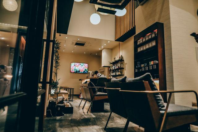 Cafe and shisha bar 禅-zen-の店内