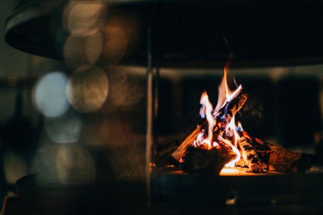 A MOMENTの焚き火
