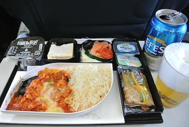 【機内食で世界巡り】トゥールーズ・ブラニャック〜アタトゥルク「トルコ航空」
