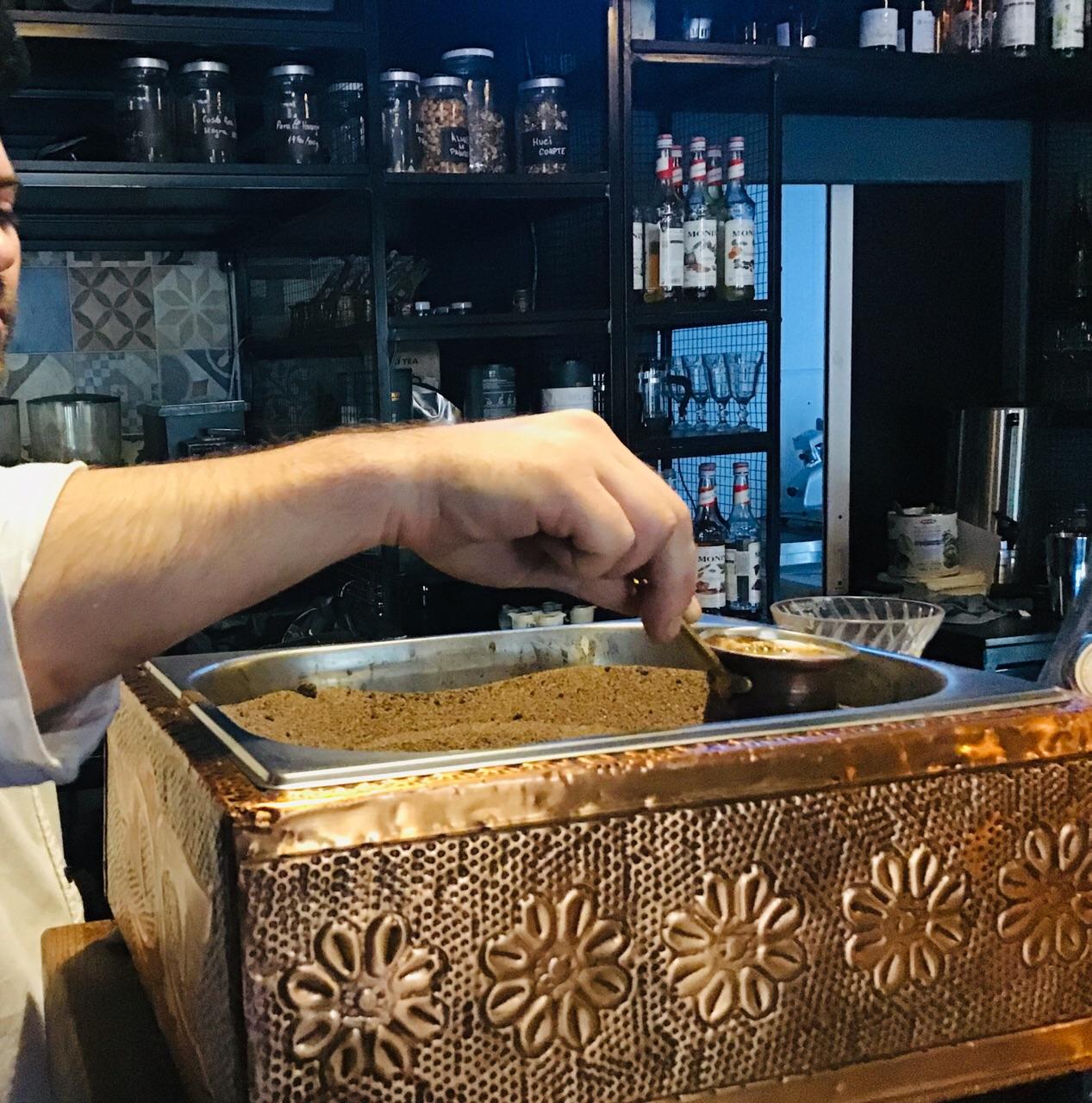 トルココーヒーの作り方の工程