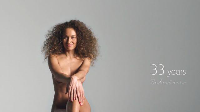 33歳女性のヌード