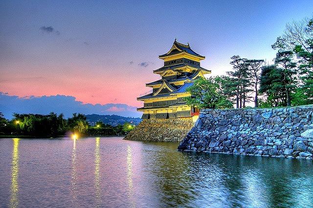 長野県の象徴とも言える松本城