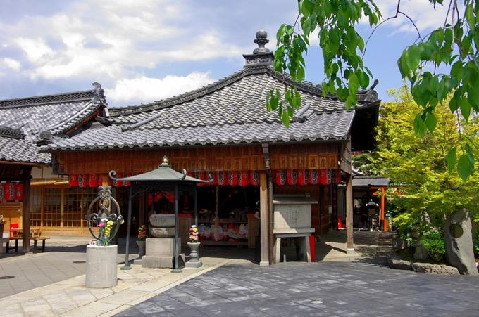 石像寺(釘抜地蔵)