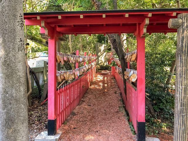 クリスマスに向けて準備はOK? 日本全国の「縁結び神社」