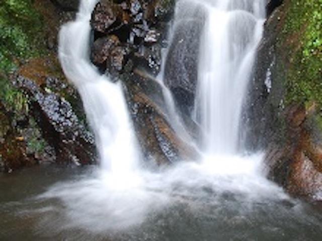 富山県魚津市沌滝
