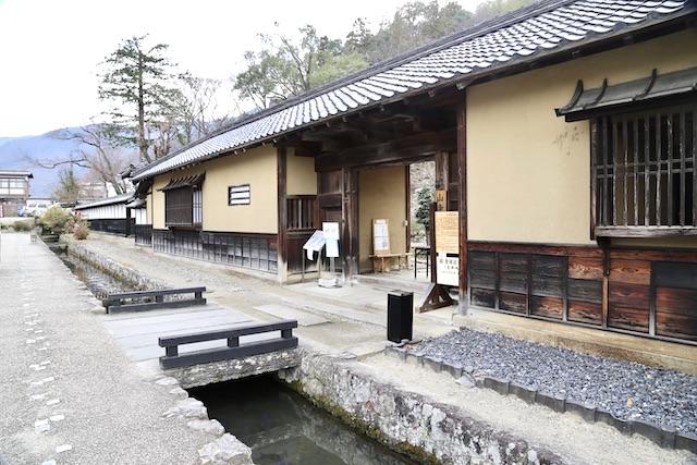 山寺常山邸